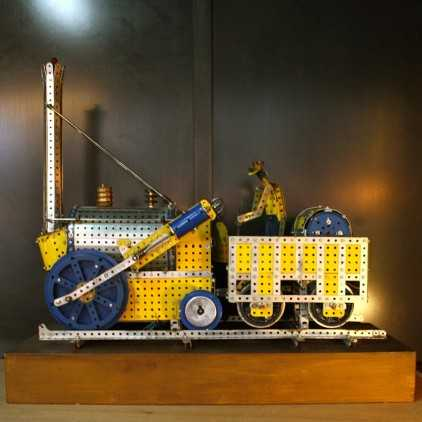 """Vintage """"MECCANO"""" french toy 90's"""